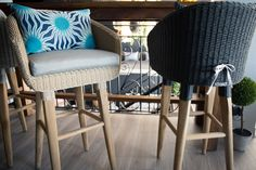 Outdoor - Furniture - Barstool - Recyled teak - wicker - fabric - outside area