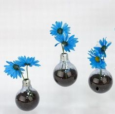DIY Light Bulb Vase