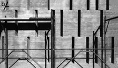 #interiordesign #battistellarchitetti #venice #architecture #showroom #showroomdesign #interior #lights #bricks #corten #stairs #wood #art #interior #house #villa #inprogress#houseinvenice #concreet