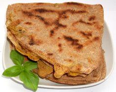 Paneer Parathas – Lipii umplute cu Branza indiana   Bucatarie Indiana Vegetariana Egg Paratha, Indiana, Eggs, Ethnic Recipes, Food, Essen, Egg, Meals, Yemek