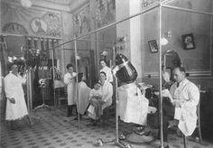 Antigua foto de salón de peluquería MÁLAGA