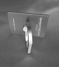 Supporto per smartphone dal design innovativo garantito ITC Un concept nuovo di merchandising personalizzabile per la prima volta in Italia Ruota di 360° per un utilizzo comodo, disponibile 4 colorazioni  Acquista subito su ITC PORTALE al prezzo lancio di 9.99€: https://itcportale.it/products/itc-ring-3/  #itcportale #jewelry #diamond #lifestyle #musthave #wedding #engagement #madeinitaly #diamanti #orobianco #gioielli