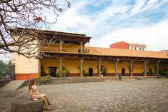 Planea tu fin de semana y descubre una joya arquitectónica muy valiosa: ¡La Huatápera, en Uruapan!