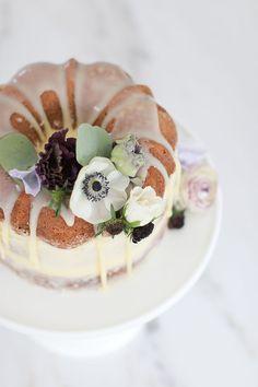 Earl Grey Naked Bundt Cake