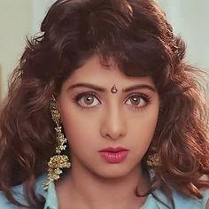 "@proudsridevians on Instagram: ""SRIDEVI IN LAMHE @sridevi.kapoor #SrideviKapoor #Sridevi #SrideviForever #SrideviLivesForever #TheLastEmpress #QueenOfBollywood #HawaHawai…"" Beautiful Bollywood Actress, Most Beautiful Indian Actress, Beautiful Actresses, Vintage Bollywood, Indian Bollywood, Most Beautiful Faces, Beautiful Girl Image, Indian Film Actress, Indian Actresses"