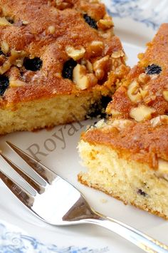 Cevizli ve Üzümlü Kek – Food for Healty Mini Cakes, Cupcake Cakes, Snack Recipes, Snacks, Vegetable Drinks, Turkish Recipes, Cake Cookies, Raisin, Bakery