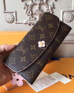 Louis Vuitton Monogram Empreinte Leather Pochette Metis Handbag Article: Made in France – The Fashion Mart Louis Vuitton Wallet, Louis Vuitton Handbags, Purses And Handbags, Louis Vuitton Monogram, Shoulder Purse, Cross Body Handbags, Authentic Louis Vuitton, Fashion Accessories, Bloom