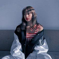 Aesthetic Eyes, Korean Aesthetic, Aesthetic Photo, Aesthetic Girl, Aesthetic Pictures, Aesthetic Outfit, Lisa Blackpink Wallpaper, Black Pink Kpop, Blackpink Photos