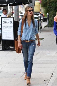 Alessandra Ambrosio in skinny jeans 2013
