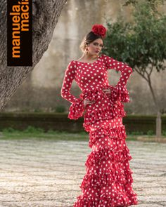 Spanish style – Mediterranean Home Decor Spanish Style Weddings, Spanish Style Decor, Flamenco Costume, Flamenco Dresses, Mexican Outfit, Frou Frou, Feminine Dress, Military Fashion, Military Style