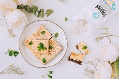 Tvarohový brownie čízkejk - ravita.sk Bread, Tableware, Blog, Basket, Dinnerware, Brot, Tablewares, Blogging, Baking