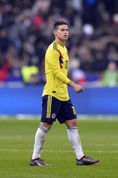 James Rodriguez Photos - James Rodriguez of Colombia reacts during the international friendly match between France and Colombia at Stade de France on March 2018 in Paris, France. James Rodriguez Colombia, Everton, Fifa, James Rodrigez, Equipe Real Madrid, Messi And Ronaldo, Art Jokes, Soccer Socks, Goodison Park