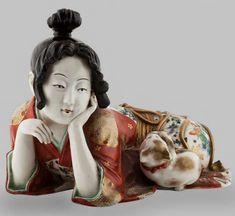 Kutani–porcelain-figure – Woman with Kitten circa 1870  – Memphis One, 1stDibs