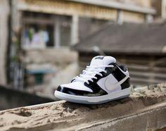 a70ebcc6e6 Nike Dunk Low SB Concord Jordan Xi
