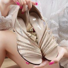$14.40 (Buy here: https://alitems.com/g/1e8d114494ebda23ff8b16525dc3e8/?i=5&ulp=https%3A%2F%2Fwww.aliexpress.com%2Fitem%2F2016-Summer-Shiny-Bling-Women-Sandals-4cm-heel-Wedge-Women-s-Casual-Shoes-Basic-Sandals-Flats%2F32687876973.html ) 2016 Summer Shiny Bling Women Sandals 4cm heel Wedge Women's Casual Shoes Basic Sandals Flats Shoe Gold Silver for just $14.40
