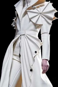 Felt Fashion - Viktor & Rolf Fall 2011