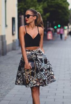 Top Cropped com saia | Foto: Pinterest