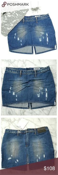 "One Teaspoon Freelove Mini Skirt - size 26 Cute distressed denim mini with back zip, low rise, side pockets and back center slit. Longer in back. Minimal stretch. Cotton/poly, machine wash/dry. Width at waist 15.5"", hip 18"", front length 12"", back length 14.5"". One Teaspoon Skirts"
