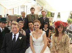 Bones Cast from Bones Wedding Album | E! Online