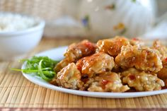 HONEY CHICKEN =    1 lb. skinless, boneless chicken thighs cut into bite-sized pieces     ½ cup flour     ½ cup cornstarch     ½ teaspoon baking powder     2 egg whites, beaten     ½ plus 1/8 cup cold water     ¾ cup honey     3 teaspoons sweet chili sauce     Oil for frying     Cornstarch/flour mixture:     ½ cup cornstarch     ½ cup flour     1 teaspoon salt     ¼ teaspoon pepper===