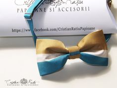 Printed blue and gold bow tie 2 by CristianRatiuBows on Etsy, €17.00