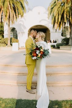 Get ready to pin every shot from this vibrant Santa Barbara celebration! | Image by Let's Frolic Together