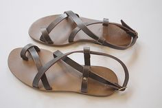 Sandales (Les Amis) << Have a handcrafted pair since forever - LOVE them >>