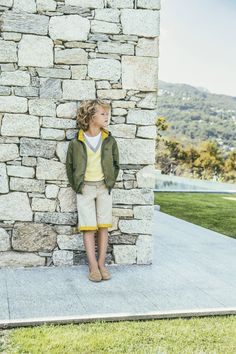 Sporty in green. See the new looks for little boys in the Fay Junior SS17 collection.