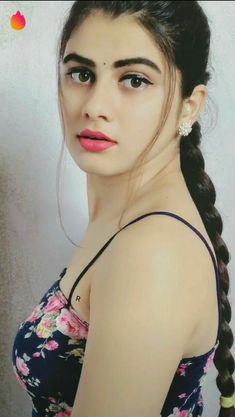 Beauty Full Girl, Cute Beauty, Beauty Women, Beautiful Girl Photo, Beautiful Girl Indian, Beautiful Lips, Most Beautiful Bollywood Actress, World's Cutest Girl, Indian Beauty Saree