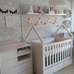 Baby, Vintage Girls Rooms, Pregnancy Boy Or Girl, Flower Wall, Pictures, Newborn Babies, Infant, Baby Baby, Doll