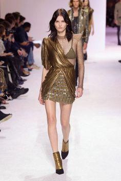 balmain menswear mens pfw pfwm paris runway @sssourabh Women's Runway Fashion, Mens Fall, Balmain, Menswear, Paris, Collagen, Dresses, Vestidos, Montmartre Paris