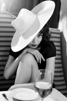 Le chappeau by Sherri
