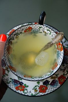 Honey Lemon Ginger Tea - 1 cup Water, 1-inch piece Ginger Root (peeled and chopped), Lemon Juice of 1/2 a Lemon, 1 tsp. Honey (or more to taste). Make a bigger  batch (2L) and put it in the fridge for a Healthy Iced Tea.