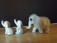 Miniature-Ceramic-Elephants-Momma-babies-Blue-Japan-Label-Upward-trunks