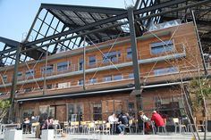 La terrasse la plus ensoleillée de Paris - Restos - Merci Alfred LES PETITES GOUTTES 12 Esplanade Nathalie Sarraute, 75018 Paris