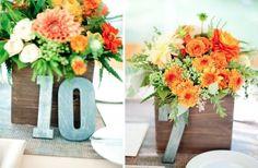 idées décoration mariage - bouquets de dahlias et renoncules orage et pivoines blanches