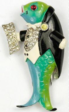 Trifari opera singing fish pin/clip, ca. 1940.