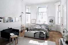 1 — So passt alles in einen kleinen RaumDas Wichtigste beim Einzug in eine kleine Wohnung ist eine gute Raumplanung. Dies ist besonders in einer Einz