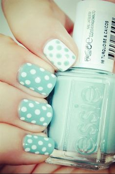 Love the mismatching look! Only thing I would change is put the blue dots on a white background on the ring finger as an accent nail.