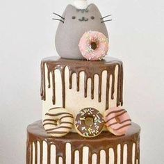 Pusheen cake - too cute Pretty Cakes, Cute Cakes, Cake Cookies, Cupcake Cakes, Cat Cupcakes, Pusheen Birthday, Cat Birthday Cakes, Pusheen Cakes, Bolo Tumblr