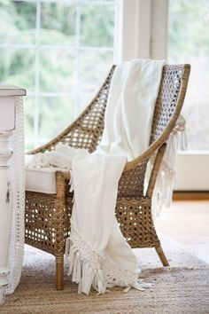 Styled and Set - Easter Entertaining - zevy joy Boho Decor, Rustic Decor, Little White House, Monochrome Interior, White Wicker, Rose Cottage, Cozy Place, White Rooms, Colorful Garden
