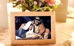 A oração de uma família unida é mais aceita a Deus do que aquela que se faz individualmente, porque a família representa a unidade da sociedade. O cristianismo é a única religião que tem caráter familiar, porque tem origem numa Mãe e num Filho. =A SAGRADA FAMÍLIA!!!  :)