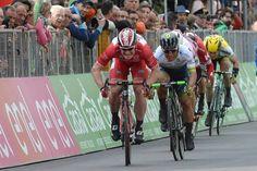 12° tappa Giro d'italia km 168 Noale - Bibione Andre Greipel coglie il terzo successo in questo Giro sul traguardo di Bibione, dopo Benevento e Foligno.