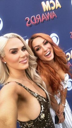 Lana and Becky Wwe Diva Lana, Lana Wwe, Wrestling Divas, Women's Wrestling, Renee Young Wwe, Cj Perry, Becky Wwe, Wwe Female Wrestlers, Carnival