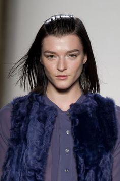 Simonetta Ravizza at Milan Fashion Week Spring 2014 - Details Runway Photos