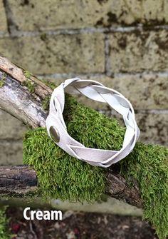 Le bracelet en cuir diffuseur aromathérapie doux par LeatherTinker