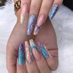 Nails for the beautiful @_nails.by.katie.l_ Products used :- All are available on my website. LINK in my bio✨ glamandglits ColourPop-boardwalk(purple), ColourPop- Beach Cruiser (deeper blue) Naked Acrylic - Strut(pale blue) Diamond Acrylic - Blue rain Fantasy Glitters are - Impulse, Pretty Plush And the flakes are joining site soon on sitewww.nailsbyannabel.co.uk LINK IN BIO WE SHIP WORLDWIDE Free shipping for order over £50 to UK