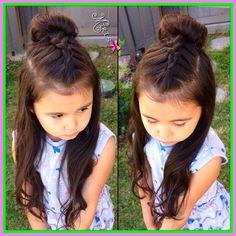 Beautiful easy hairstyles for school! Beautiful easy hairstyles for school! Girls Hairdos, Cute Little Girl Hairstyles, Baby Girl Hairstyles, Princess Hairstyles, Hairstyles For School, Trendy Hairstyles, Short Haircuts, Teenage Hairstyles, Kids Hairstyle