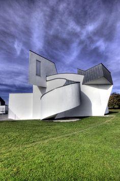 Frank O Gehry - Vitra Design Museum