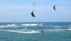 Mayor facilidad a la práctica de Kite Surf en Cuba, según Marina Marlin. La entidad cubana Marina Marlin anunció que para la actual temporada turística habrá una mayor organización de la práctica de Kite Surf en Cuba, apoyada por escuelas internacionales de Rusia y Canadá.